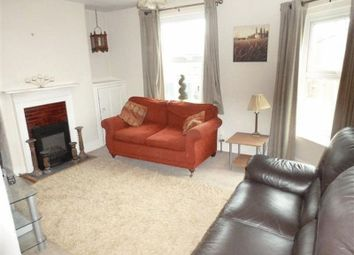 Thumbnail 2 bed flat to rent in Cross Street, Cowes
