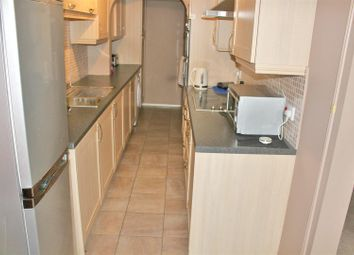 Thumbnail 4 bed property to rent in Brockles Mead, Harlow