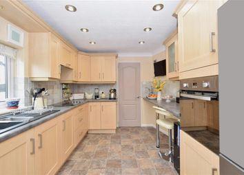Thumbnail 2 bedroom mobile/park home for sale in Barley Close, Bognor Regis, West Sussex