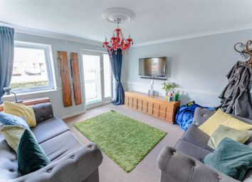 2 bed flat for sale in Campion Road, Leamington Spa CV32
