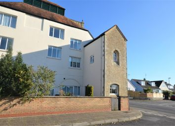 2 bed flat for sale in Milford Court, Gillingham SP8