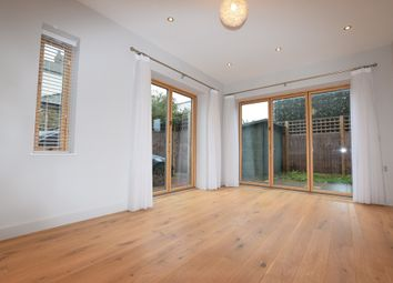 Thumbnail 4 bed property to rent in Gibsons Place, Brentford