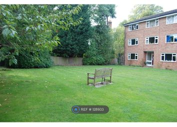 Lovelace Gardens, Surbiton KT6. 2 bed flat