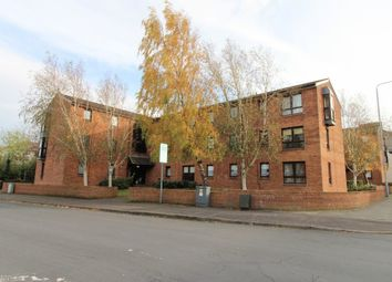 2 bed flat to rent in Stonefield Park, Paisley, Renfrewshire PA2