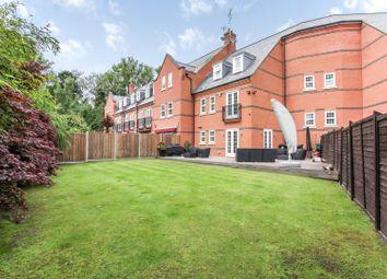 4 bed property for sale in Boyes Crescent, London Colney, St.Albans AL2