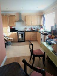 2 bed maisonette to rent in Gaysham Avenue, Redbridge IG2