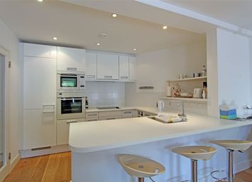 Thumbnail 2 bedroom flat for sale in Candie Road, St Peter Port