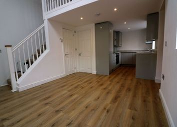1 bed maisonette to rent in New Road, Staines Upon Thames TW18