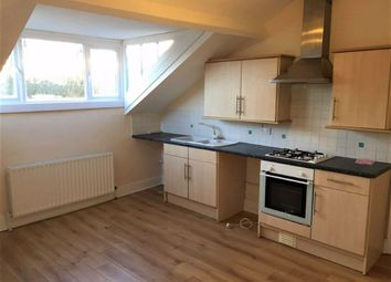2 bed flat to rent in Princes Avenue, Hull HU5