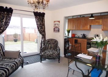 Thumbnail 2 bed flat to rent in Grebe Close, Dunston, Gateshead