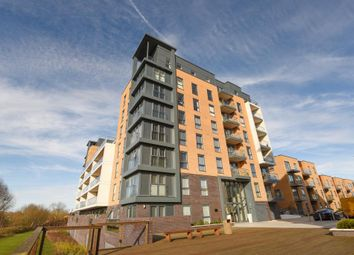 Thumbnail 2 bedroom flat for sale in Skylark House, Kennet Island