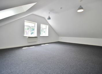 Thumbnail 1 bed flat to rent in Mountfield Road, Finchley Central