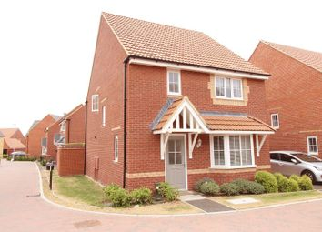 Thumbnail 4 bedroom detached house to rent in Batsford Crescent, Swindon