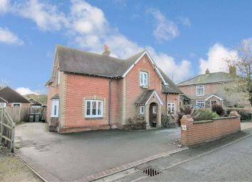 5 bed detached house for sale in St. Johns Road, Hedge End, Southampton SO30