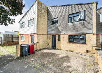 Thumbnail 3 bed terraced house for sale in Kingsley Close, Reading