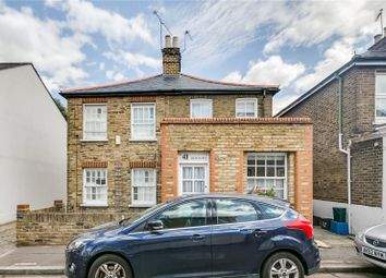 Thumbnail 2 bed property to rent in Queens Road, London