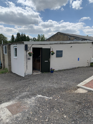 Thumbnail Retail premises for sale in Elmsfield Industrial Estate, Worcester Road, Chipping Norton