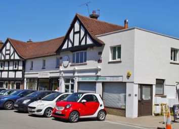 Thumbnail 2 bed flat to rent in Station Road, Surrey