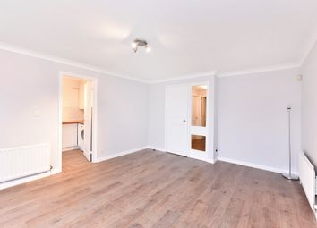 Thumbnail 2 bedroom flat to rent in Earlston Grove, London