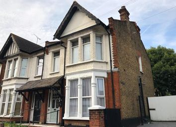 2 bed flat for sale in Southend-On-Sea, Essex, . SS1