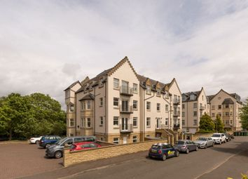 Thumbnail 3 bed flat for sale in Mid Steil, Edinburgh