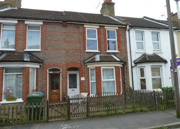 Thumbnail 1 bed flat to rent in Kings Avenue, Watford