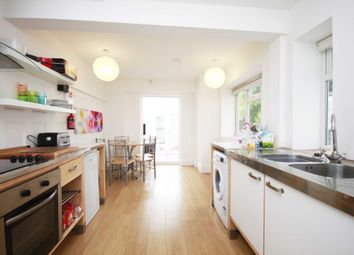 Thumbnail Room to rent in Yarborough Road, Very Near University, Lincoln