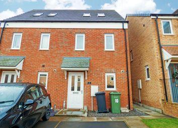 Thumbnail 3 bed town house to rent in Oakmont Rise, Ashington
