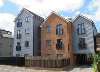 Thumbnail 2 bed flat for sale in Cantelupe Road, East Grinstead