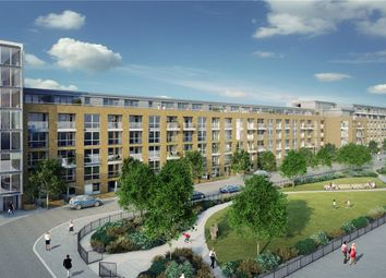 Thumbnail 2 bedroom flat for sale in Canalside Square, Islington