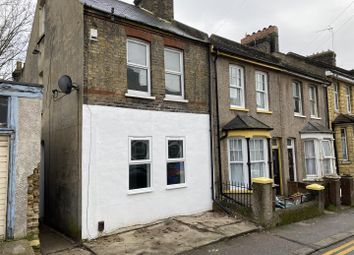 3 bed property to rent in Rochester Avenue, Rochester ME1