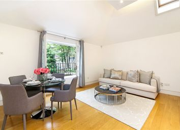 Thumbnail 1 bed mews house to rent in Kings Road, Chelsea, London