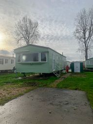 3 bed mobile/park home for sale in Crow Lane, Northampton NN3