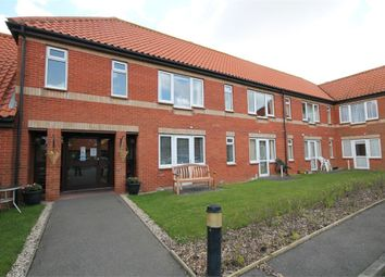 Thumbnail Studio to rent in Hall Crescent, Holland-On-Sea, Clacton-On-Sea