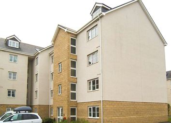 Thumbnail 2 bed flat to rent in Queens Crescent, Livingston