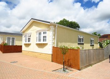 Thumbnail 2 bedroom mobile/park home for sale in New Road, Hellingly, Hailsham