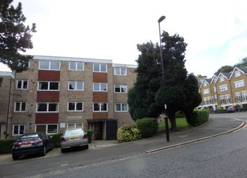 Thumbnail 1 bed flat to rent in Haling Park Road, South Croydon, Surrey