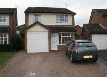 Thumbnail 3 bed detached house to rent in Nimrod Close, Woodley, Reading