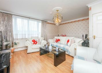 Thumbnail 2 bedroom flat for sale in Ivychurch Lane SE17,