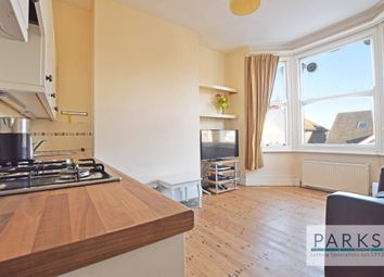 2 bed flat to rent in Millers Road, Brighton BN1