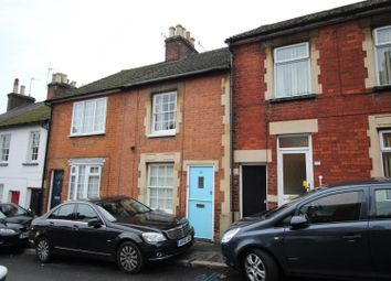 Thumbnail 2 bedroom terraced house to rent in Victoria Road, Berkhamsted