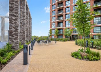 1 bed property to rent in Surrey Quays Road, London SE16