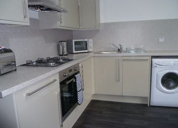 Thumbnail 2 bedroom flat to rent in Dowanside Road, West End, Glasgow