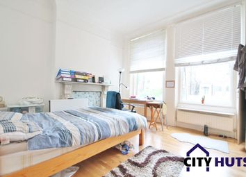 2 bed flat to rent in Freegrove Road, London N7
