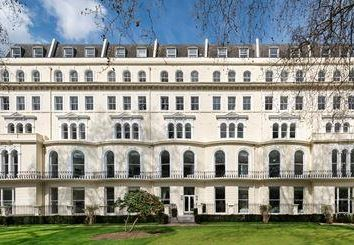 Thumbnail 3 bed property to rent in Kensington Gardens Square, London