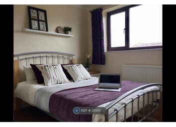 Thumbnail Room to rent in St Hildas Close, Bicester