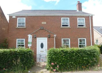 Thumbnail 4 bedroom detached house to rent in Main Road, Three Holes, Wisbech