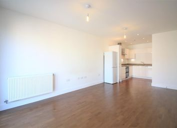1 bed flat for sale in Fairlands Court, Hunting Place, Heston TW5