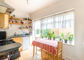 3 bed flat for sale in Highlands Avenue, Acton, London W3