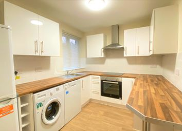 Thumbnail Flat to rent in Park View Court, Torrington Park, Finchley